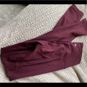 Lululemon Wunder Under Pant in Maroon - Size 4